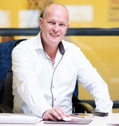 Arnold Koops | Occasion kopen | Autobedrijf Nijkerk Auto Nol